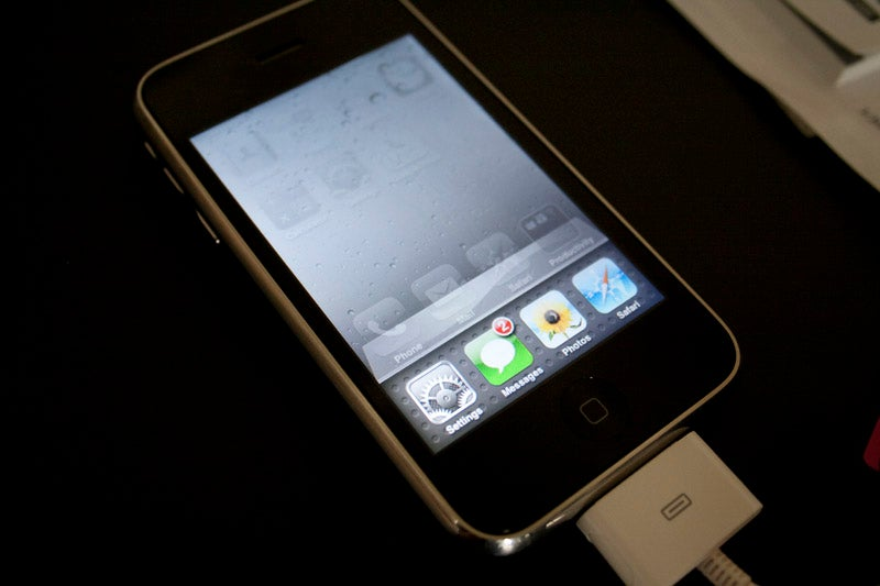 iPhone OS 4 Hands-On Video