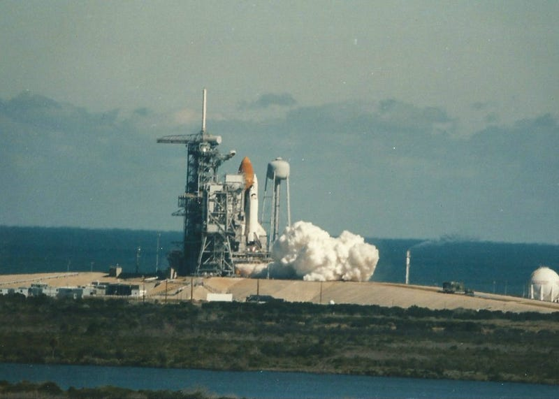 Long-Forgotten Photographs Reveal Challenger Disaster As It Happened