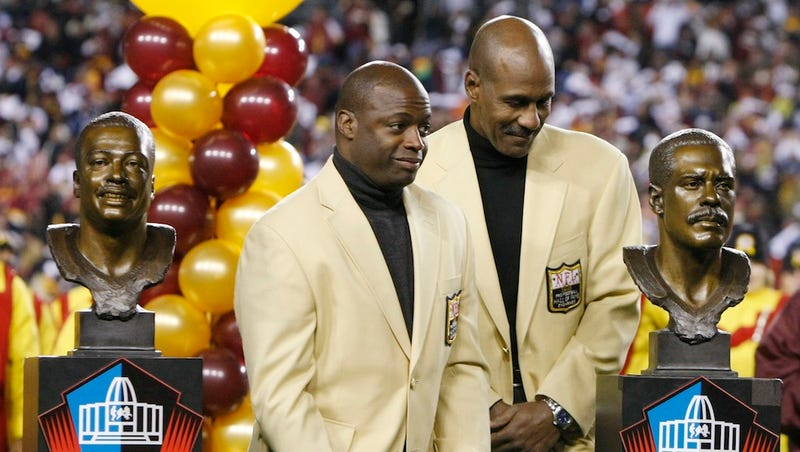 Actually, Darrell Green Doesn't Want The Redskins To Change Their Name