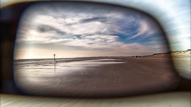 Add Drama and Depth to Photos With a Pair of Sunglasses