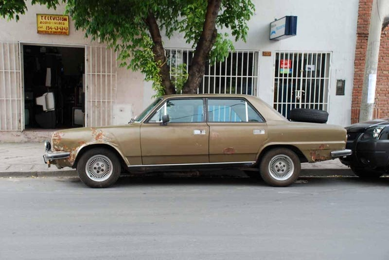 Dodge Valiant, Renault Torino, Jeep Wagoneer, And Much More Classic Iron Still Alive In Argentina