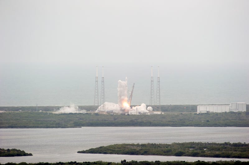 Ugly but Successful: Delayed SpaceX Launch Makes Orbit