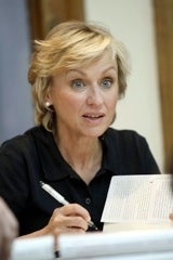 Tina Brown Stumbles Early In Comeback Attempt