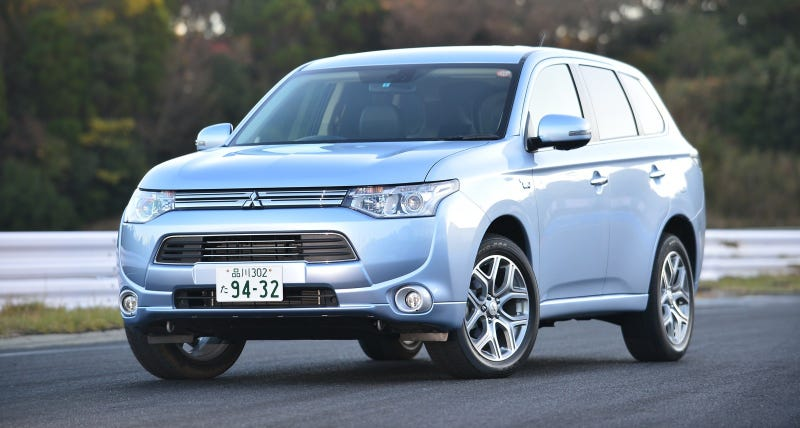 Mitsubishi Outlander PHEV - an SUV I wouldn't mind owning