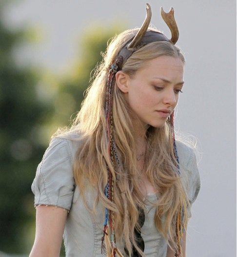 Amanda Seyfried's Red Riding Hood has horns!