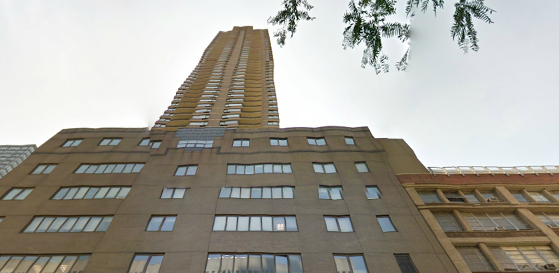 Manhattan Man, Child Fall To Death From High-Rise