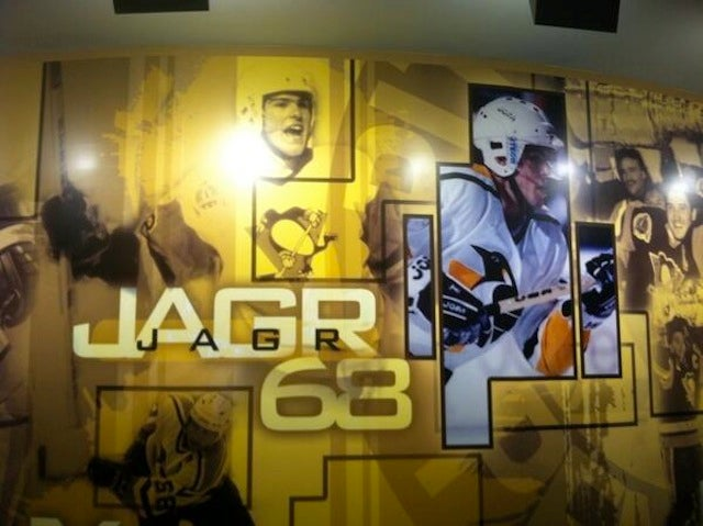 Penguins Remove Jagr's Image From Their Locker Room, For Some Reason