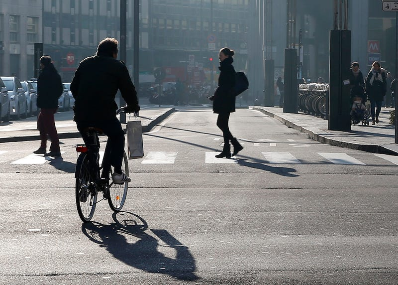 Milan Bans Cars to Combat Horrible Smog