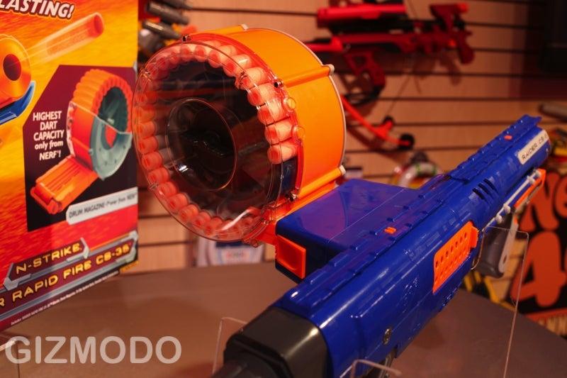 Nerf N-Strike Raider CS-35: Lil' Dick Tracy's Automatic Tommy Gun With 35-Dart Drum Magazine