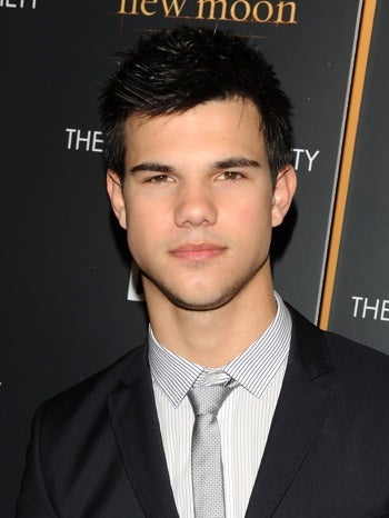 Taylor Lautner Makes So Much Money