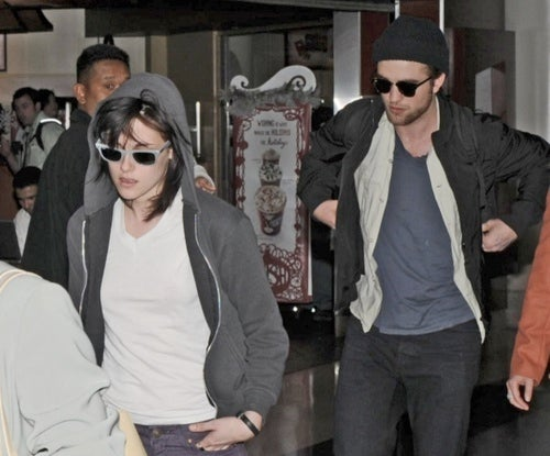 Just When Everyone Thinks He's Gay, Robert Pattinson Admits He's Dating Kristen Stewart
