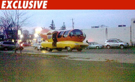 """Wienermobile Pulled Over, Deemed """"Un-American"""" To Ticket"""