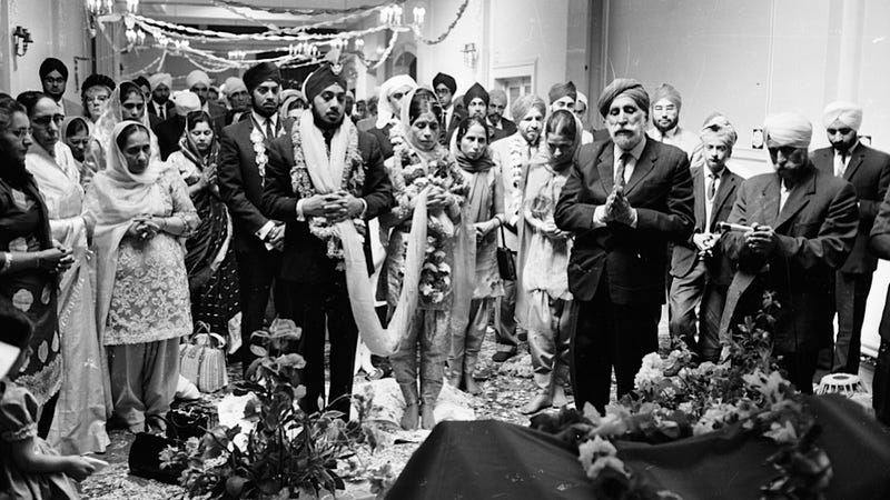Sikh Temples in England Advised to Beware of Same-Sex Unions