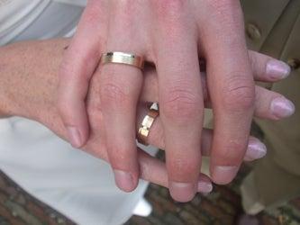 Richer, Poorer: Divorce Makes Men More Moneyed