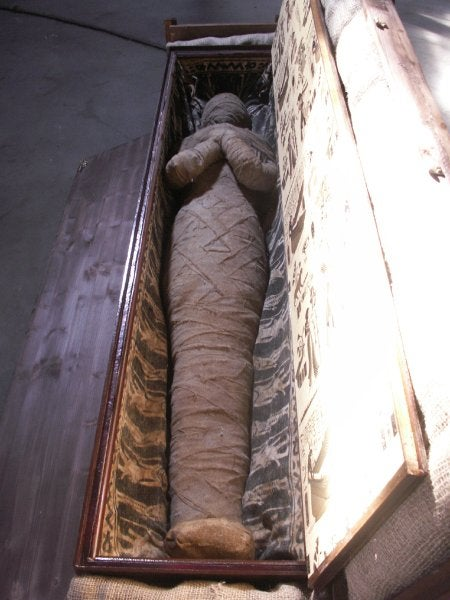 German boy finds a mummy in his grandmother's attic