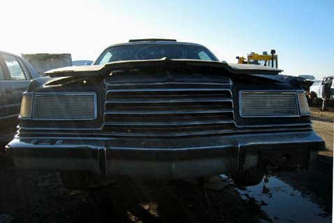 1978 Dodge Magnum Remains Unloved, Even In The Junkyard