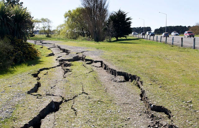 A Quick Guide to Predicting Earthquakes