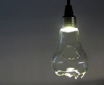Tricky Broken Lightbulb Still Works, Gives Eerie Glow