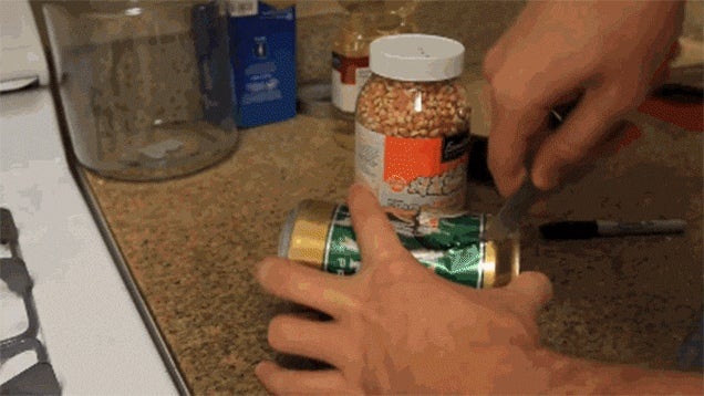 Turn an Aluminum Can Into a DIY Popcorn Popper