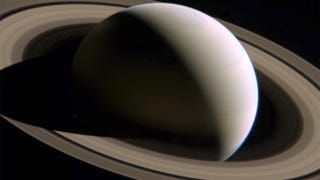 Impressive new image of Saturn from above the ecliptic plane