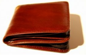 Stick to Your Budget with Six Wallet Hacks