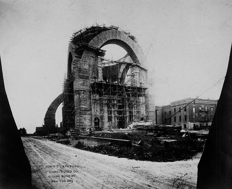 The Soaring and Nearly Forgotten Arches of New York City