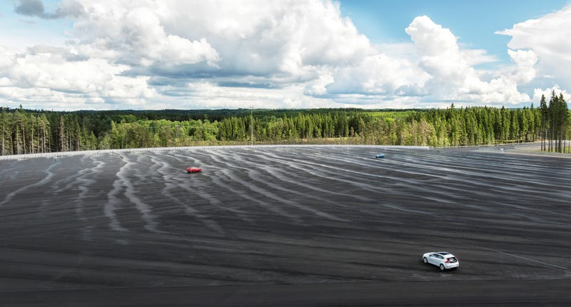 ​Volvo's New Testing Center Is A Wonderful Playground Wasted On Robots