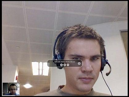 Experimental Skype Tweak Broadcasts You in 640x480