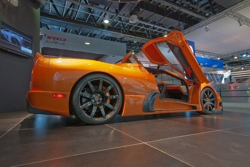 2010 Ultimate Aero Still Has $740,000 Price Tag, Throws In One-Piece Carbon Fiber Wheels For Free