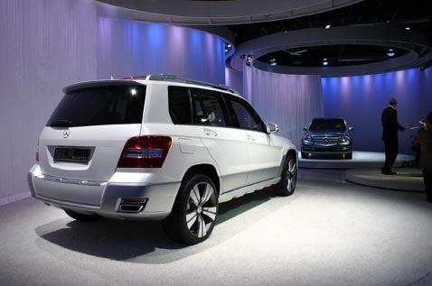 Detroit Auto Show: 2009 Mercedes GLK Vision Freeside Unveiling Extravaganza