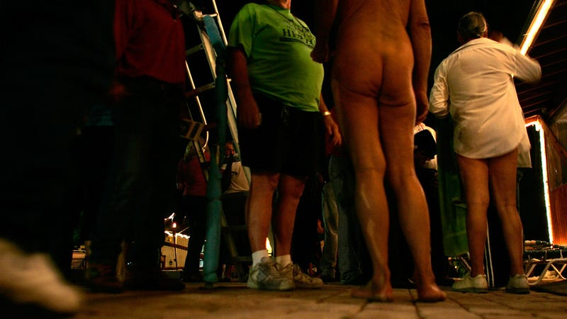 San Francisco Nudists Want to Keep Their Dongs Out Because of Freedom of Speech