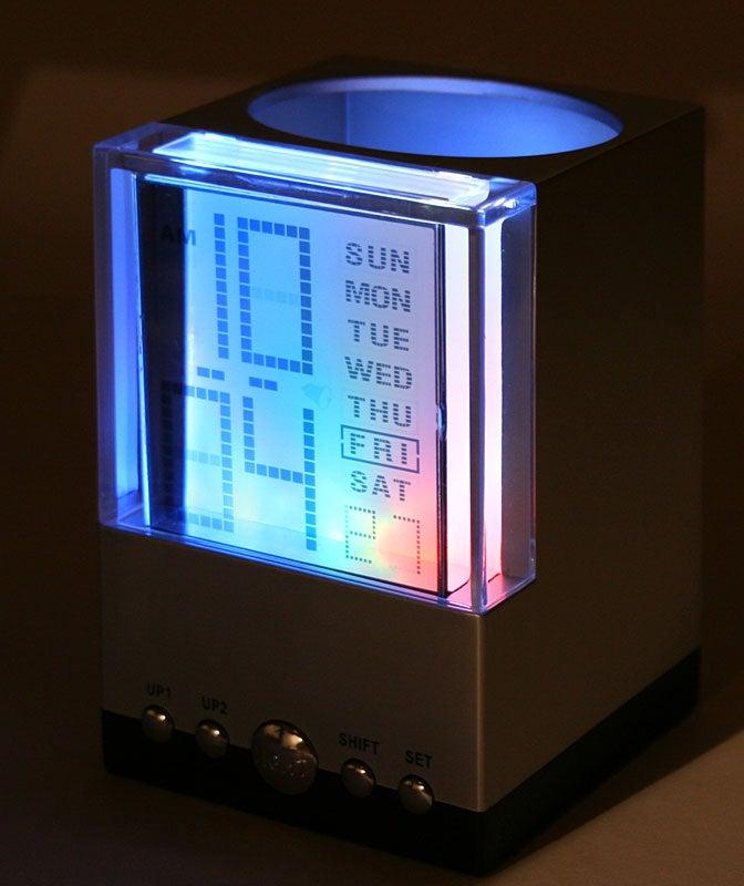 Hands-On: Brando Penholder Rocks Out with Disco Blinkenlights