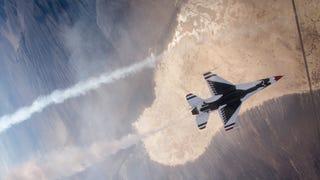Check Out These Vertigo Inducing USAF Thunderbirds Air-To-Air Photos