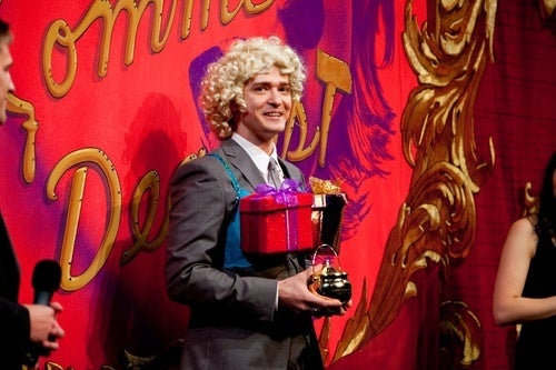 "Justin Timberlake Goes to Harvard, Puts on Wig, Accepts ""Hasty Pudding Award"""