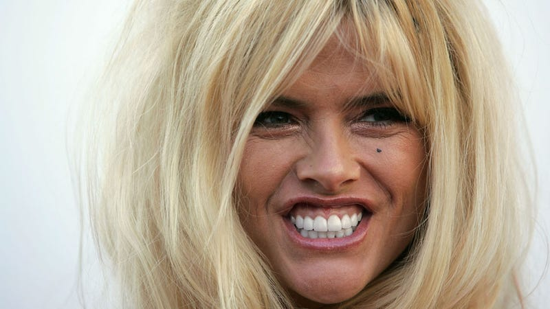 Anna Nicole Smith Loses Supreme Court Case Posthumously