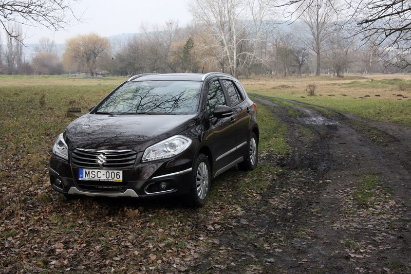 2014 Suzuki SX4 S-Cross: The Jalopnik European Review