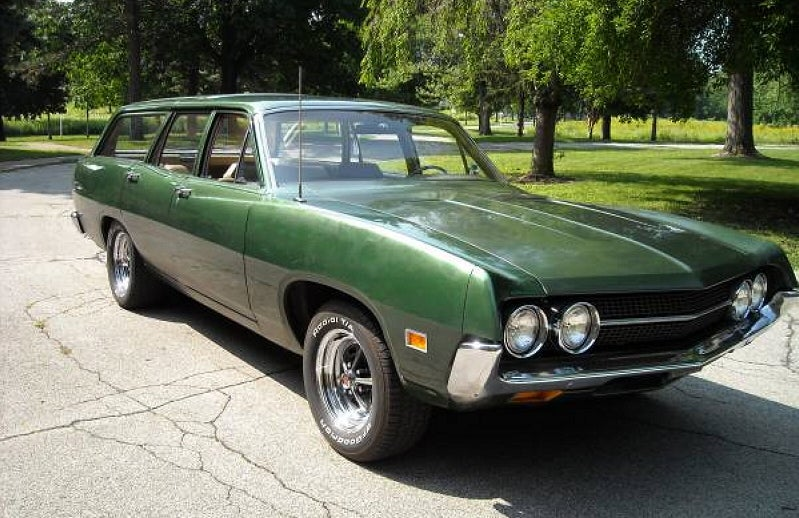 This 1971 Ford Torino Wagon Wants $5,900