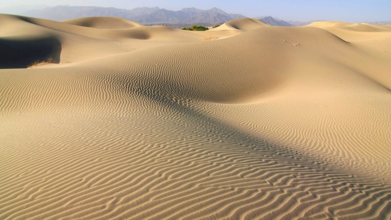 The science behind the lonely singing of the sand