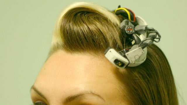 Wear GlaDOS In Your Hair