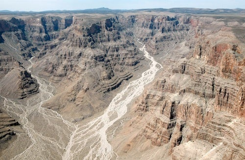 French Tourist Survives Fall Into Grand Canyon