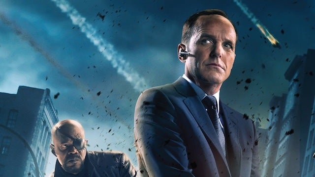 Rejoice! Agent Coulson will be in the new S.H.I.E.L.D. TV series!