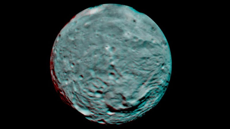 First 3D Image of Asteroid Vesta, Captured by NASA's Dawn Spacecraft