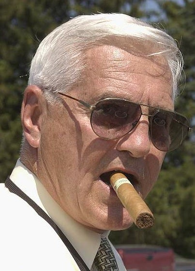 "Mad Men: Bob Lutz ""Craps All Over"" GM Ad Campaigns, Flies To Caribbean"