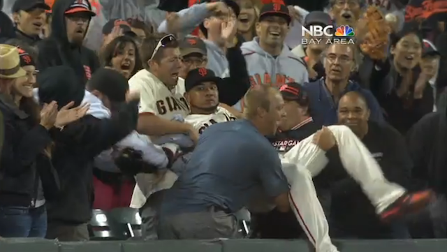 San Francisco Has The Most Helpful Fans In Baseball