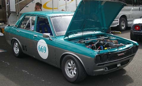 VintageRacer's '68 Datsun 510 In Action