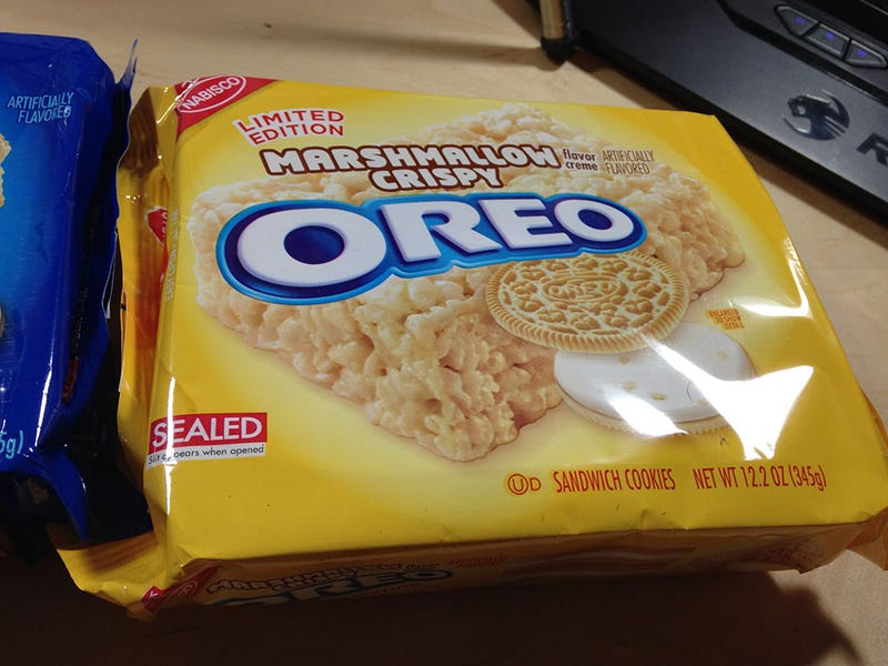 Marshmallow Crispy And Cookie Dough Oreos: The Snacktaku Review