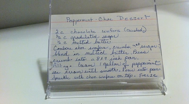 Use an Old CD Case as a Recipe Stand