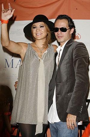 Jennifer Lopez: Totes Pregnant!