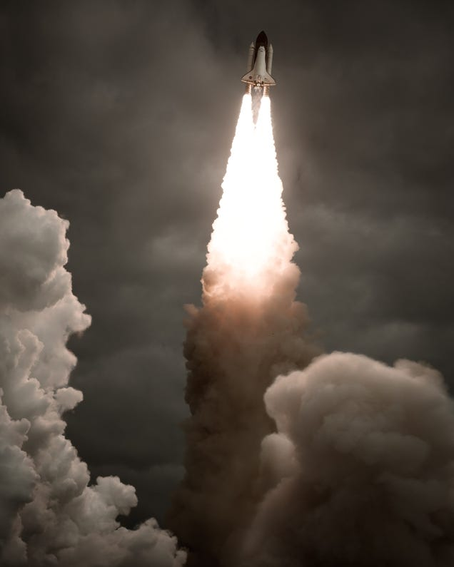 How to Photograph Incredible Close-Ups of Space Shuttle Launches