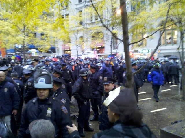 Police Clash With Protesters in Zuccotti Park